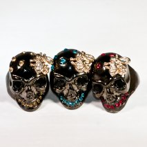Skull Ring Black & Gold